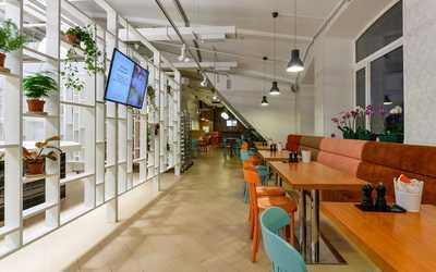 """Банкетный зал ресторана Европейский дайнер """"Фриты"""" на Среднем проспекте В.О."""