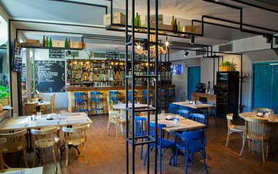 Банкетный зал бара, ресторана Файв Пойнтс (Five Points) на улице Ломоносова