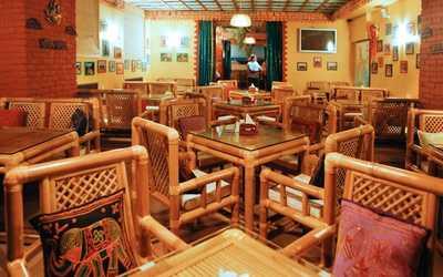 Банкетный зал кафе, ресторана Go Goa (Гоу Гоа) в набережной канале Грибоедовой фото 1