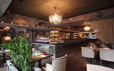 Банкетный зал кафе Florentini City Café (Флорентини) на Старой Басманной улице