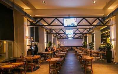 Банкетный зал бара, ресторана Coin hall (Коин холл) на Пятницкой улице фото 3