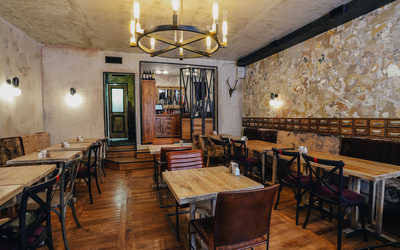 Банкетный зал ресторана Georgian Family (бывш. Руставели) на Подрезова фото 1
