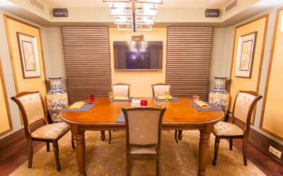 Банкетный зал ресторана Шарабара на Ломоносовском проспекте фото 3