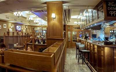 Банкетный зал бара, ресторана Beef&Beer на Петрозаводской улице фото 1