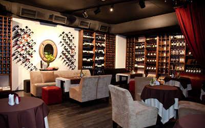 Банкетный зал кафе, ночного клуба D-Club на улице 8 Марта фото 2