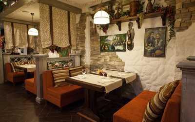 Банкетный зал ресторана Гуливани на Гурзуфской улице фото 1