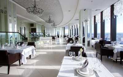Банкетный зал ресторана Вертикаль (Космос) на улице Малышева фото 1