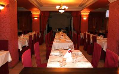 Банкетный зал ресторана СССР на Первомайской улице фото 1