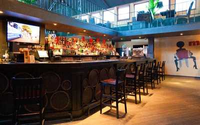 Банкетный зал бара Mulata bar (Мулата бар) на Баррикадной улице
