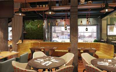 Банкетный зал ресторана CheerDuck на улице Нахимовой фото 2