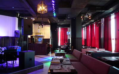 Банкетный зал пивного ресторана Frau Muller (Фрау Мюллер) на улице 8 Марта фото 1
