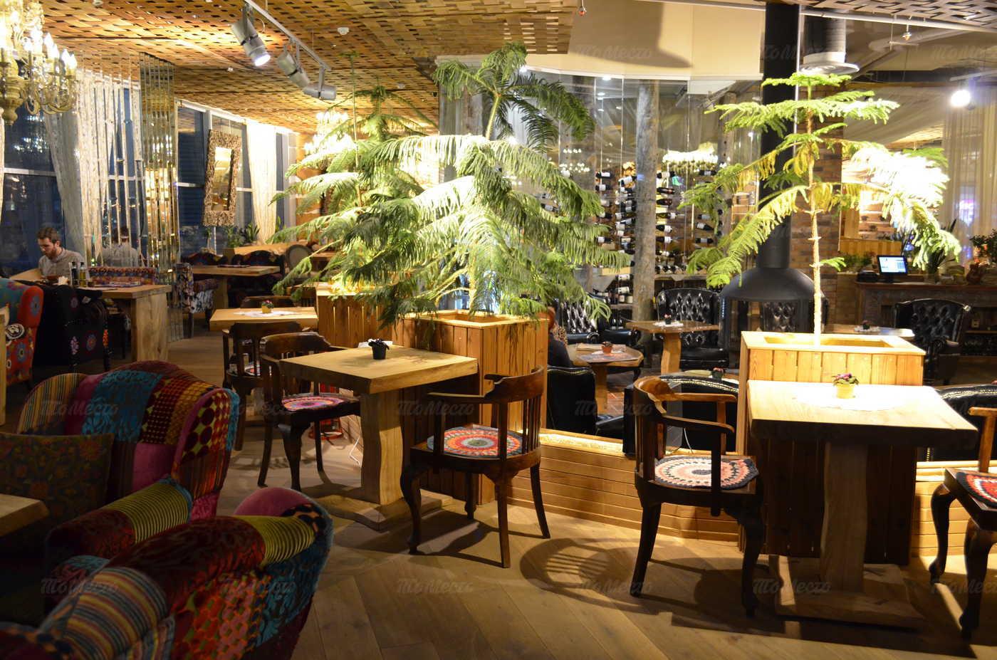 Ресторан Гуси-Лебеди на Коломяжском проспекте фото 6