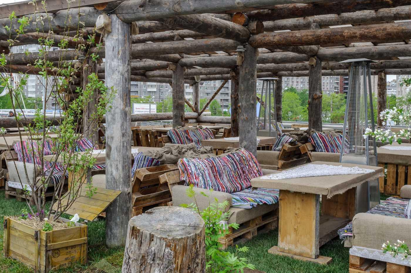 Ресторан Гуси-Лебеди на Коломяжском проспекте фото 4