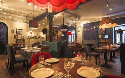 Банкетный зал кафе, ресторана Батони в Новослободской фото 1