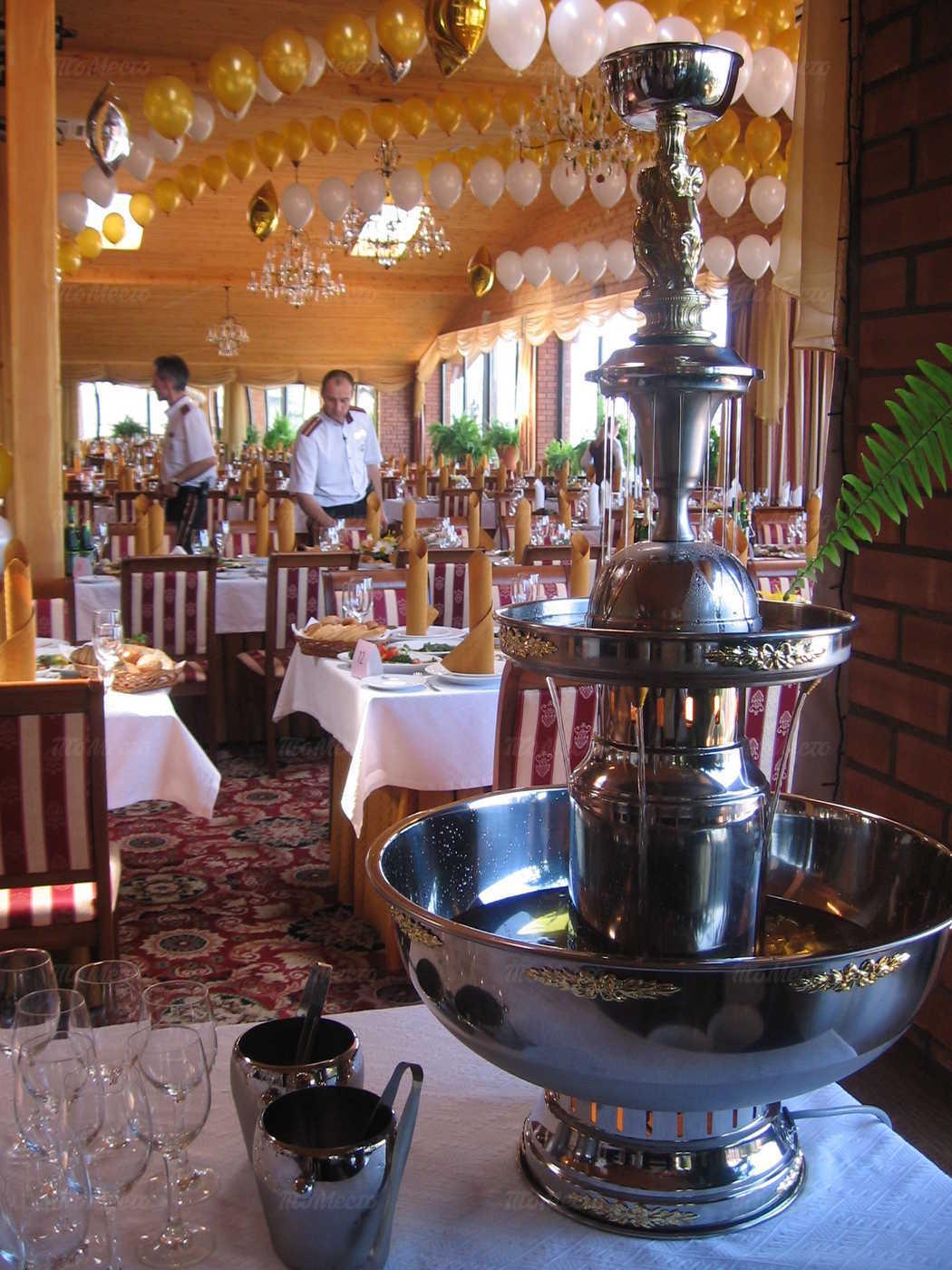 Банкетный зал ресторана Старая Мельница на Левобережной улице фото 4