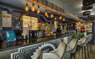 Банкетный зал пивного ресторана JAGER на Среднем проспекте В. О. фото 2