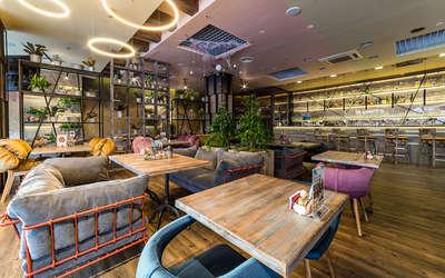 Банкетный зал ресторана Карловы Пивовары на Энгельса фото 1