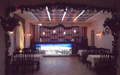 Банкетный зал кафе Бакинский Бульвар на Курской улице фото 2
