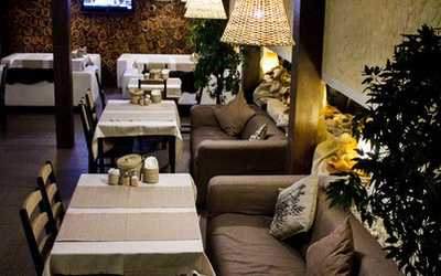 Банкетный зал ресторана Хмели-Сунели в Энгельсе фото 3
