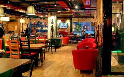 Банкетный зал кафе Mambocino (Мамбочино) в Мусиной фото 2