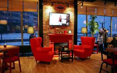 Банкетный зал кафе Mambocino (Мамбочино) в Мусиной фото 3