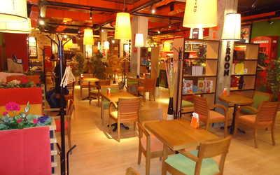 Банкетный зал кафе Mambocino (Мамбочино) в Победах фото 3