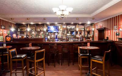 Банкетный зал стейк-хауса Oldham (Олдхэм) в Реках Мойки
