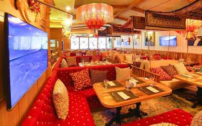 Банкетный зал ресторана Eshak (Ишак) на Можайском шоссе