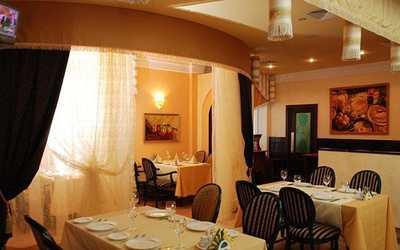 Банкетный зал ресторана Шафран в Петербургской фото 1
