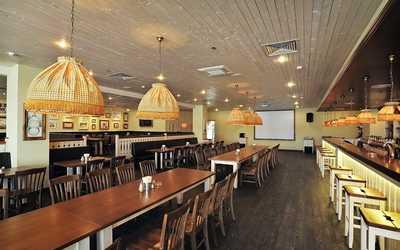 Банкетный зал пивного ресторана Пиворама в Ленсовете
