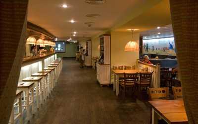Банкетный зал паба, ресторана Пиворама на площади Александра Невского