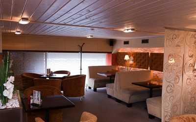 Банкетный зал ресторана Своя компания в Амундсене фото 2