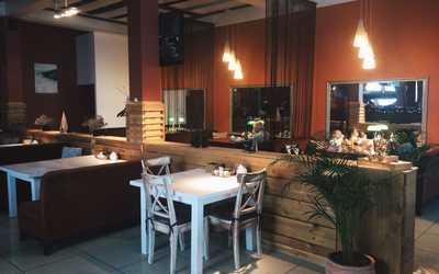 Банкетный зал ресторана Про Вареники ((бывш. Вареничная в союзном)) на улице Маковского