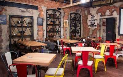 Банкетный зал бара, ночного клуба, ресторана Fabrika (Фабрика) на Рождественской улице фото 2