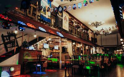 Банкетный зал бара, паба, пивного ресторана Cernovar (Черновар) на Профсоюзной улице
