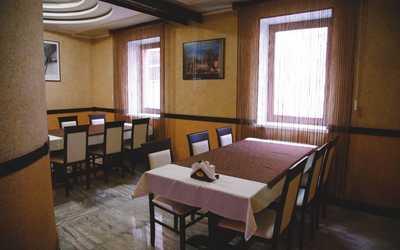 Банкетный зал ресторана La Maison (Ля Мезон) на улице Алма-Атинской фото 3