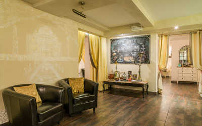 Банкетный зал кафе Bollywood Nights на Большой Пушкарской улице