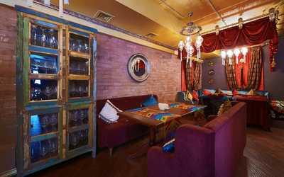 Банкетный зал ресторана Лаунж-кафе Чилим на улице Малышева фото 2