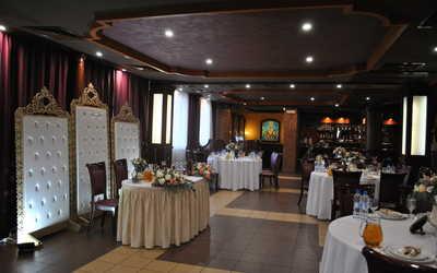Банкетный зал кафе Эркас на улице Хохряковой фото 3