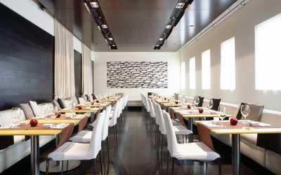 Банкетный зал бара, кафе, ресторана Яблоко (Apple) на улице Малой Дмитровка фото 1