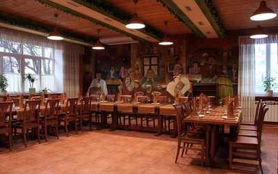 Банкетный зал ресторана Старое место на улице Мадояна фото 3