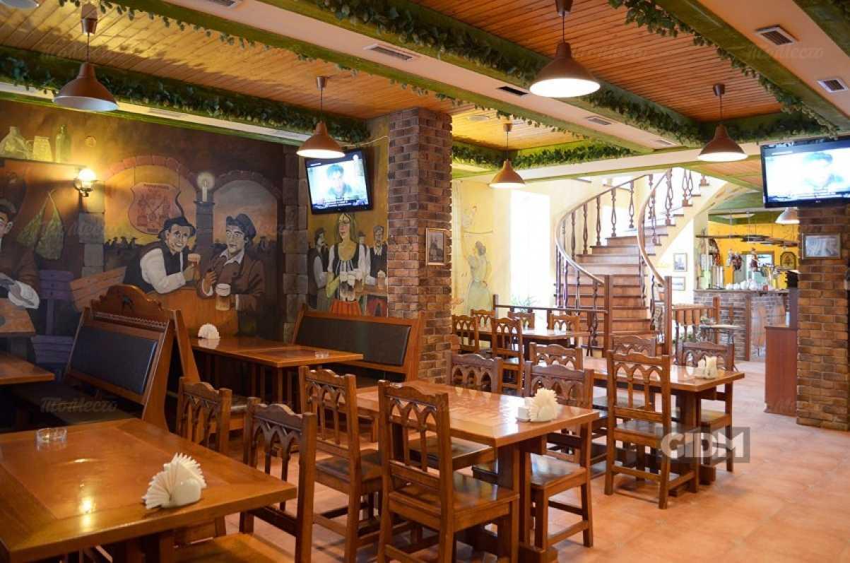 Ресторан Старое место на улице Мадояна