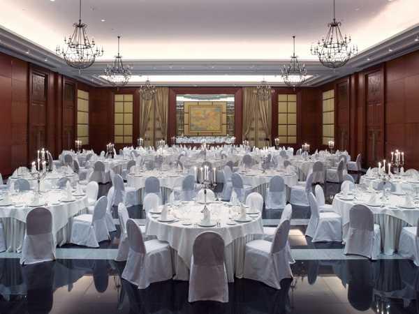 Невский Парадный Зал (Nevsky Ballroom)