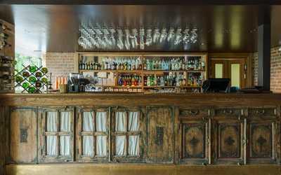 Банкетный зал кафе, ресторана Henry на Петровской набережной