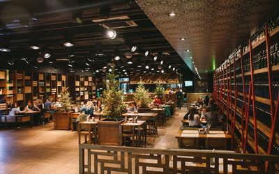 Банкетный зал ресторана Ёлки на улице Челюскинцев фото 1