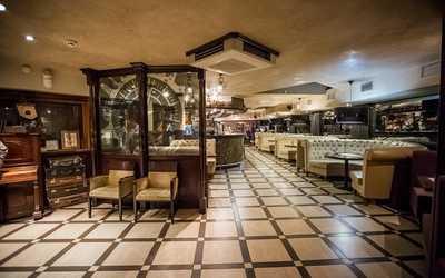 Банкетный зал бара, пивного ресторана, ресторана Craft Bar Global на Каменской улице
