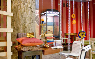 Банкетный зал кафе Кулички на улице Невельского фото 2