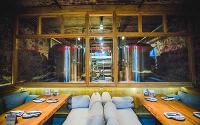 Банкетный зал пивного ресторана ПивоFactory на Красном проспекте фото 1