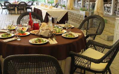 Банкетный зал ресторана Соверен клуб (Sovereign Club (бывш. Шамони)) в Лесопарковом фото 1
