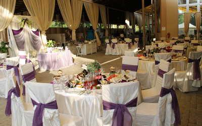 Банкетный зал ресторана Соверен клуб (Sovereign Club (бывш. Шамони)) в Лесопарковом фото 2